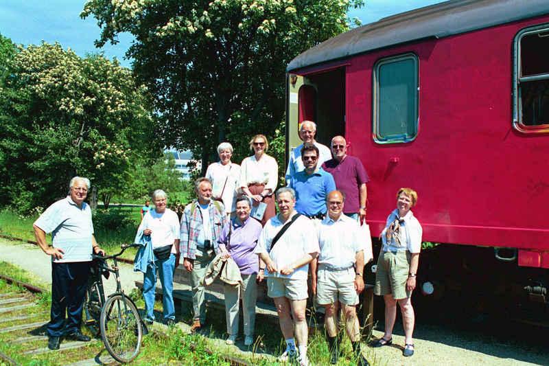 Foreningen på udflugt langs Amagerbanen i 1997.